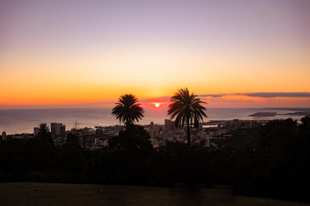 展望台からみる夕日(1月)