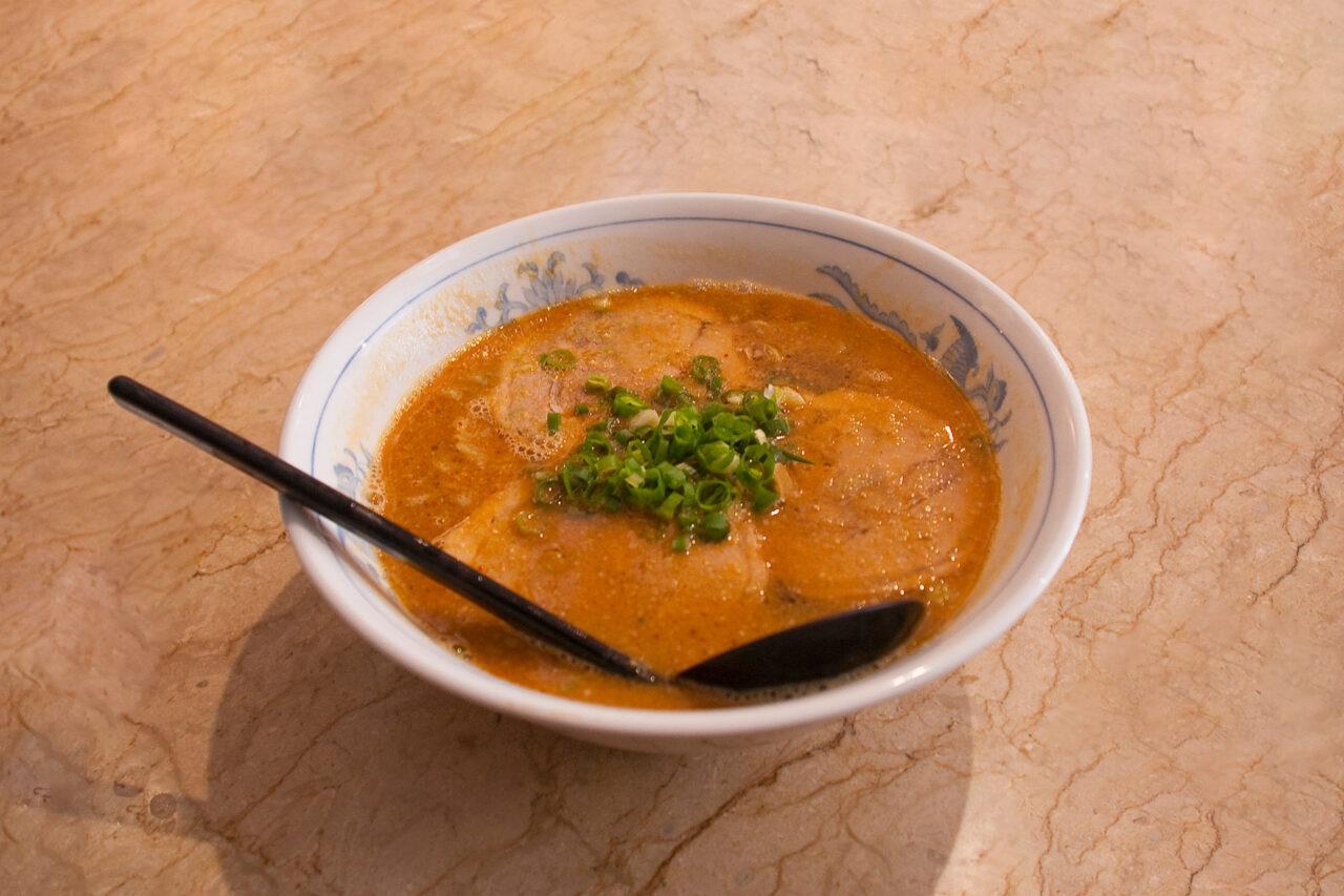 ごまいちのチャーシュー坦々麺