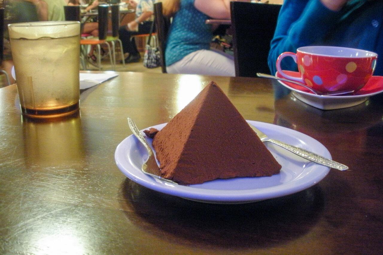 チョコレート・ピラミッド